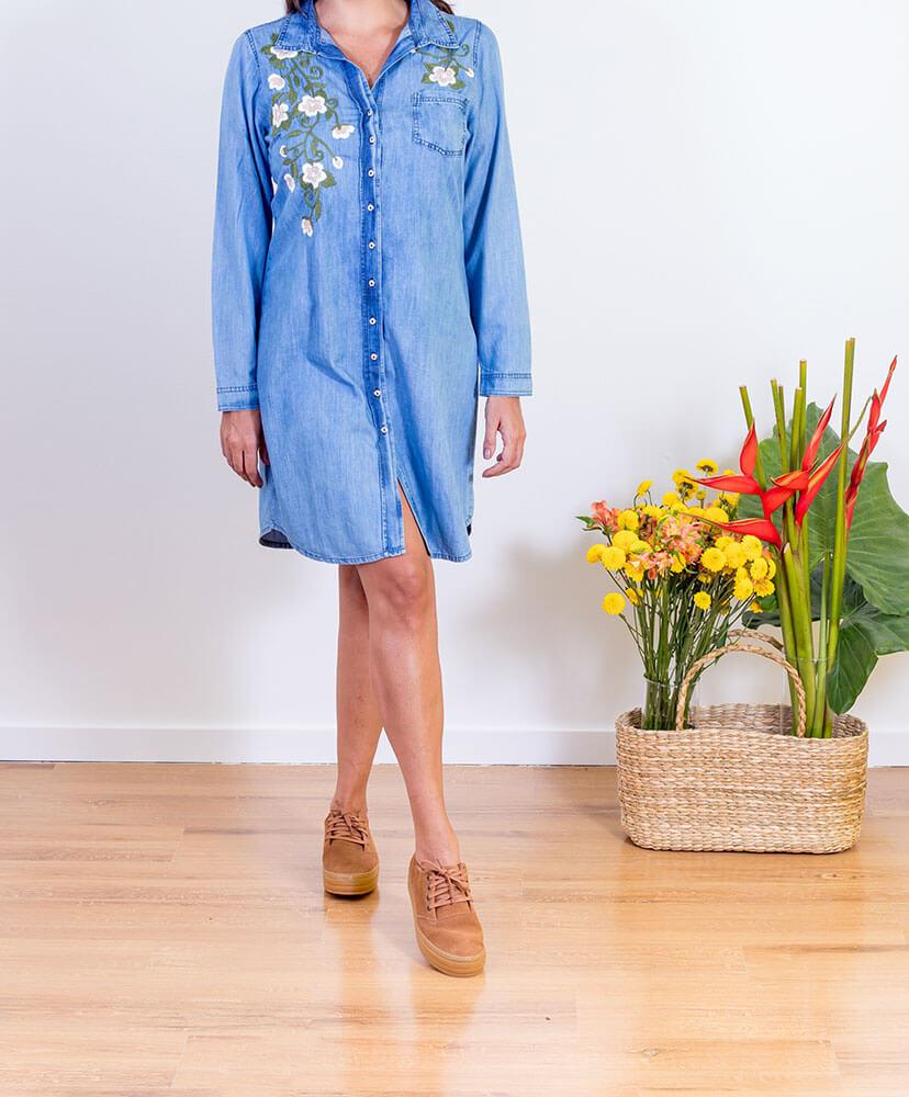 vestido jeans bordado