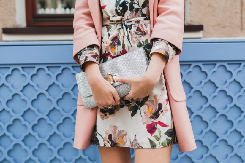roupa floral feminina