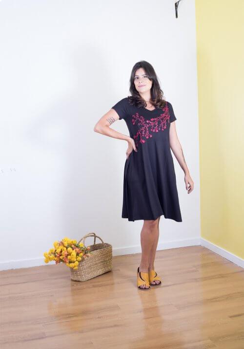 Vestidos bordados a mão - Bordado Cerejeira
