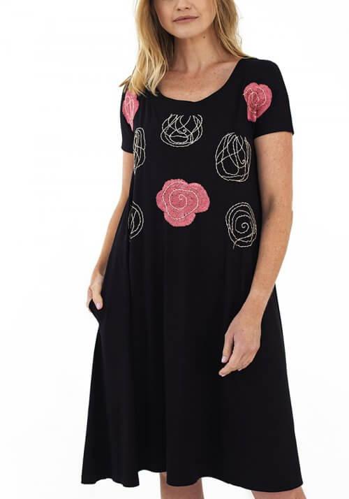 Vestidos bordados a mão - Bordado Rosas Cheias e Vazias